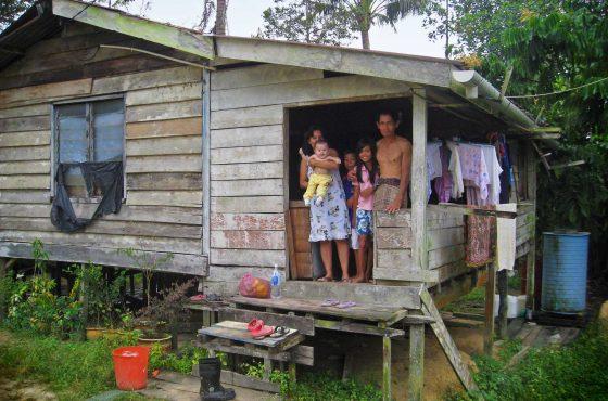 Tra i Bidayuh del Borneo